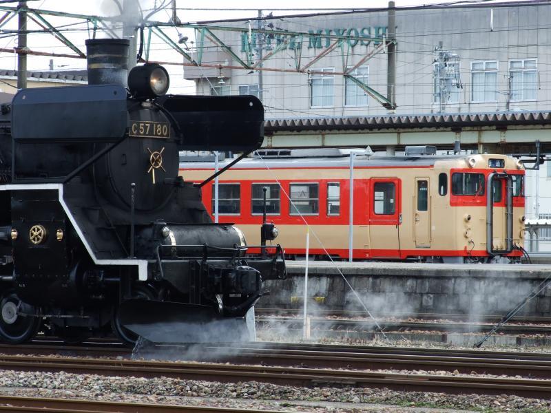 4014/03/19 新津駅構内
