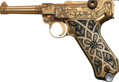 Gold-plated-Luger-Pistol-Picture-Gallery-3.jpg