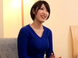【素人】文京区でナンパした生活観溢れる若妻と中出しハメ撮り