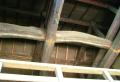 松の木の梁