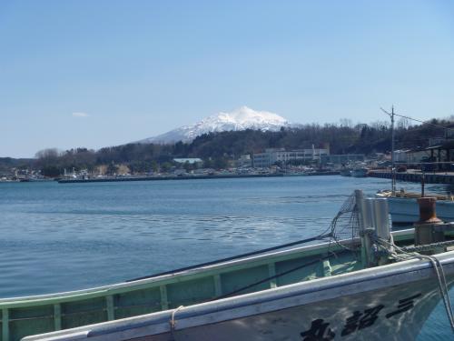 岩木山と漁港0402