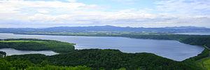 網走湖・天都山より望む。