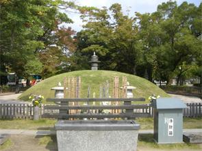 広島・原爆供養塔