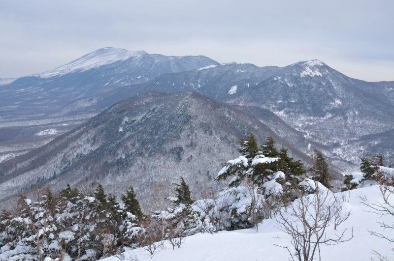 群馬・地蔵峠 ̄湯之山~旧鹿沢スキー場~角間山~小池川左岸