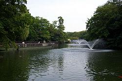 井の頭池(弁天堂近辺)