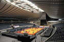 国立代々木競技場第一体育館の内部。2012年(平成24年)第87回天皇杯・第78回皇后杯 全日本総合バスケットボール選手権大会開催時