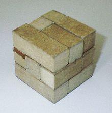 220px-Soma-cube.jpg
