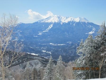 20140303午後から晴れて御岳が見えた。