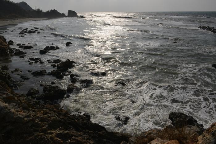 高波の日本海-2