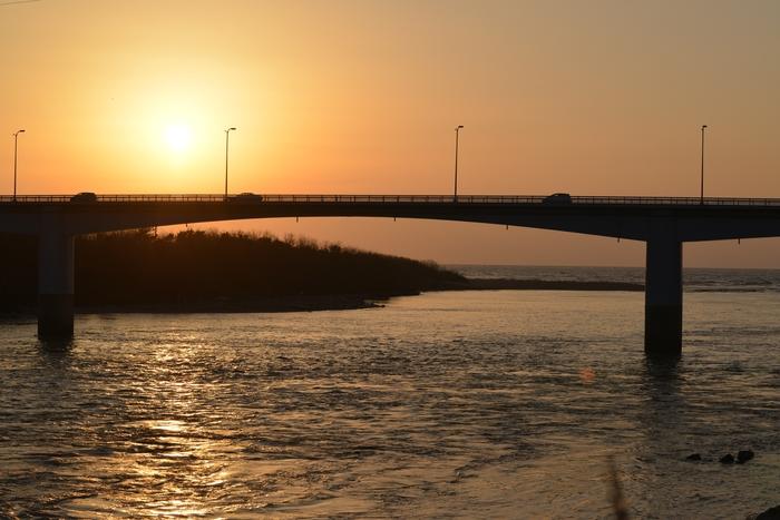 河口の夕陽-1
