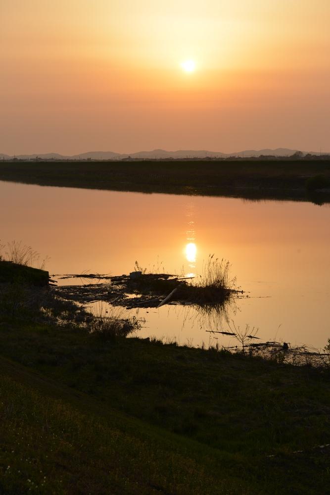 連休前の夕陽-4