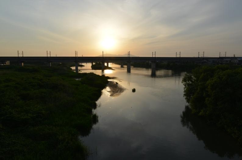 今日の夕陽 橋の上-4