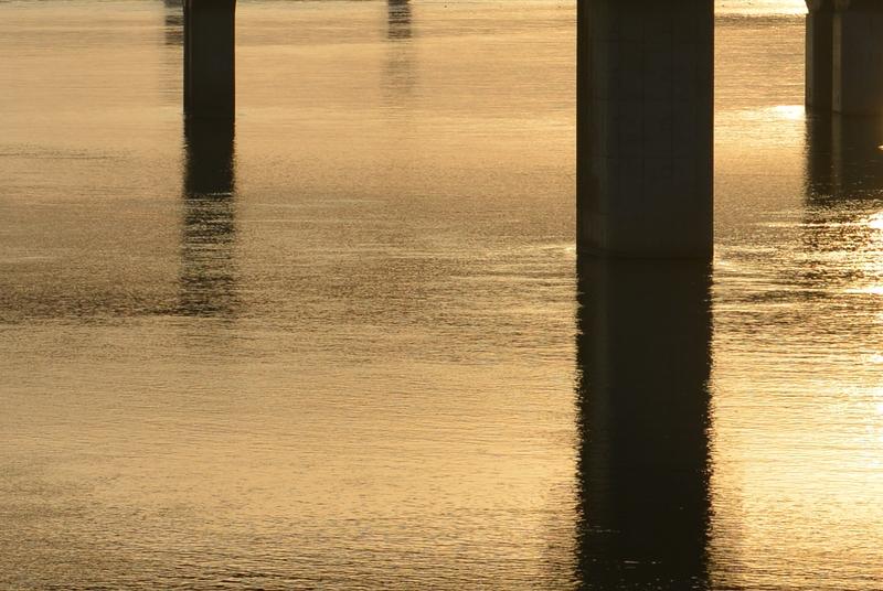 夕陽 橋の上から-3