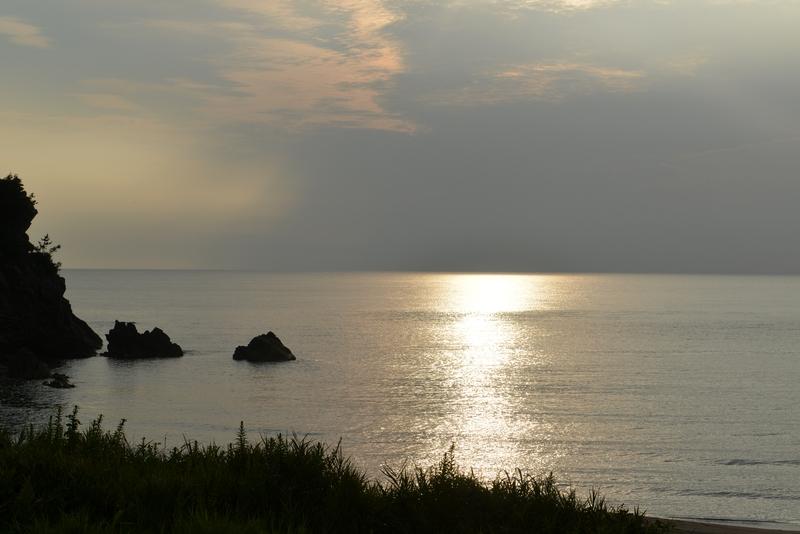 今日の夕暮れ 晩夏の海-1