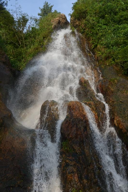 夏の浜滝-3
