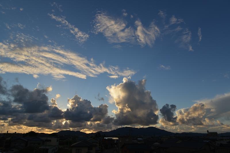 夕暮れ時の雲-1