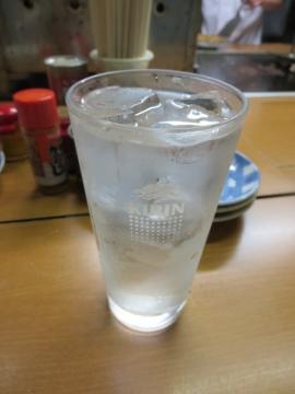 焼酎(黒霧・水割りで) 400円