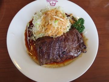 ビーフステーキ 999円(ライス食べ放題)