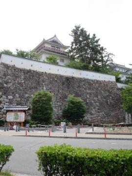福島駅前の風景