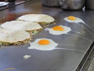 使用されている二黄卵、たまに一黄卵が混ざってました