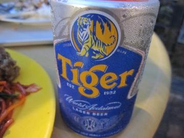 ・缶でタイガービール