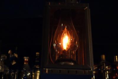 カウンター上の照明