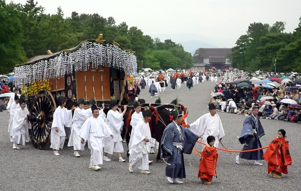 葵祭り(京都新聞より)