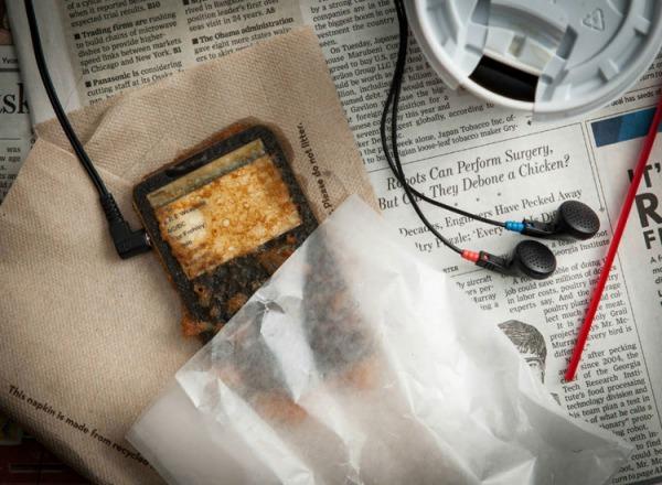 ShockBlast-Deep-Fried-Gadgets-Photography-7.jpg