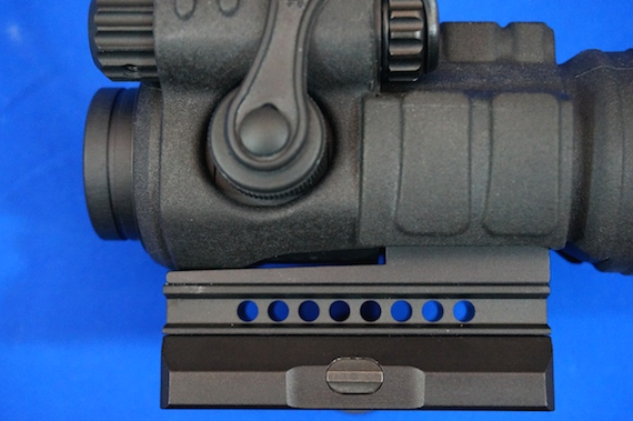 Aimpoint M3−8