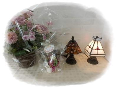 お花とランプ