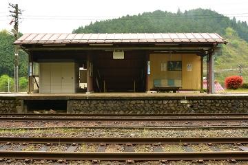 那岐駅(8)