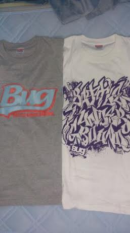 BugTシャツ