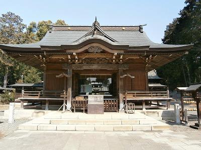 伊波比神社拝殿