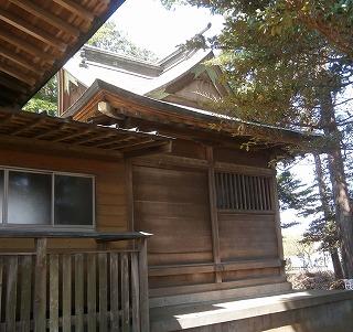 二本木神社本殿