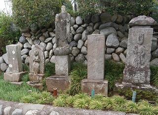 清照寺石像