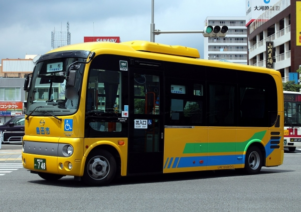 静岡200か・748