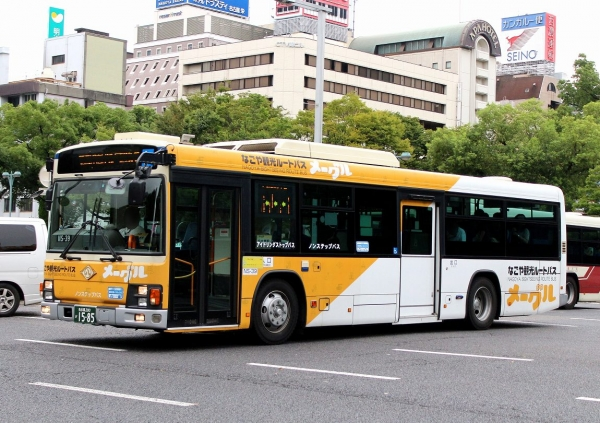 名古屋200か1585 NS-39