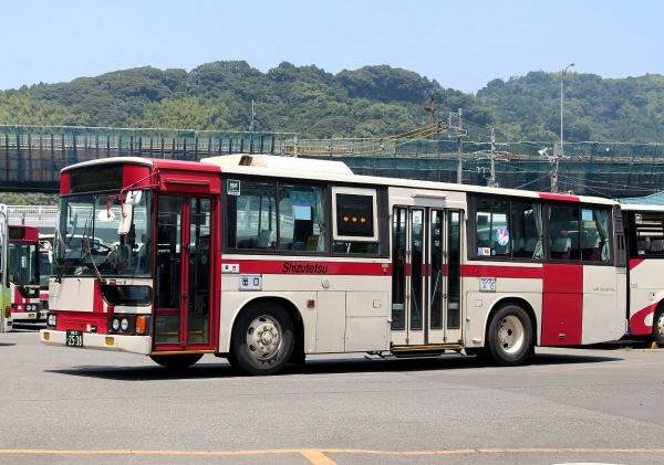 静岡22き2538
