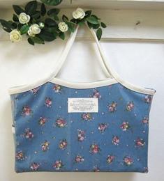 カッチリグラニーバッグ‐レトロブルー花柄140321
