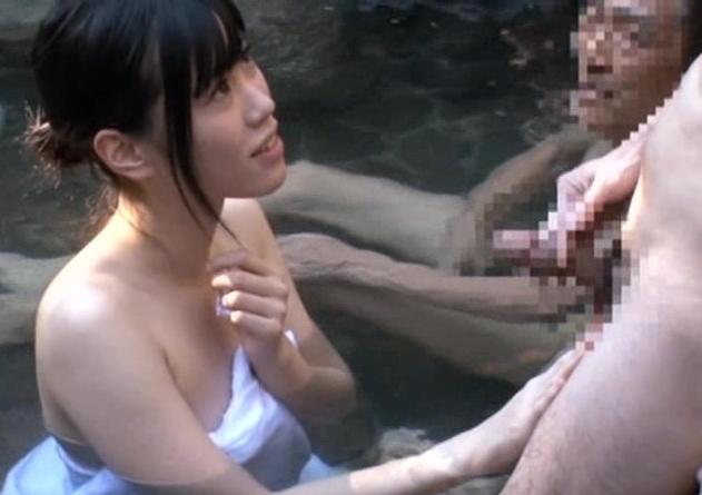入浴している一般男性客の中から1番のデカチンを探してもらうゲーム!