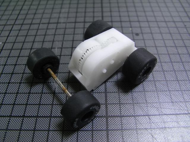 NV350-motor1-2.jpg
