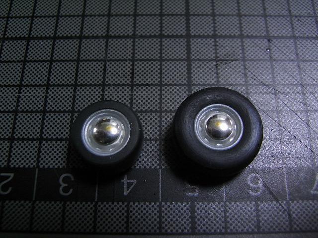 choroQ-moondisc16-2.jpg