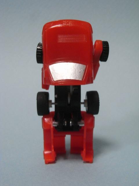 takara-roboQ14.jpg