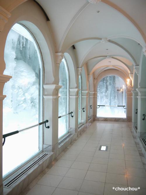 雪の美術館 氷 廊下