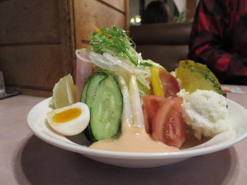 サラダは美味しい