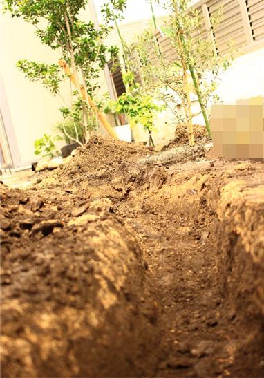 140606排水穴掘り