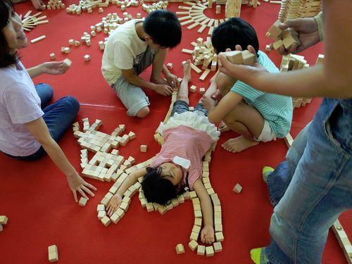 宮城仙台幼稚園保育園老人介護福祉施設イベントレクレーション積み木ワークショップ