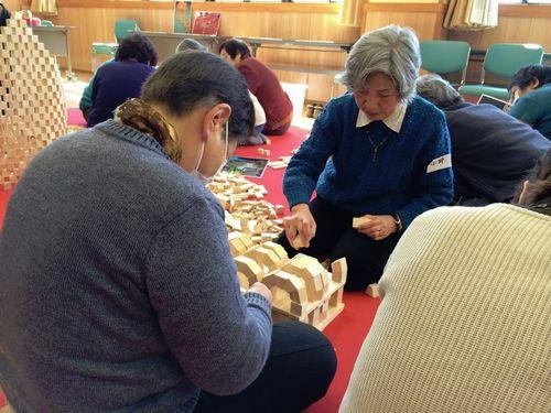 宮城仙台幼稚保育園老人介護福祉施設出張イベントレクレーション積み木ワークショップ