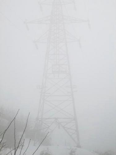 冬霧の里山1