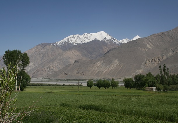 タジキスタン 553